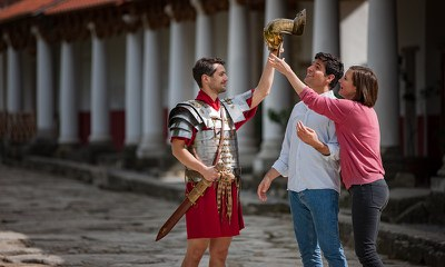 This teambuilding program offers you a taste of the world of the Caesars, legionnaires and upper-class Roman citizens  with a mix of playful competition and fascinating infotainment.